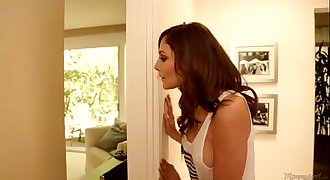 Mommys Chick - Stepmom Mercedes Carrera Lesbian Fun With Sara Luvv