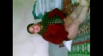 Arab Girl Djienz on the ground www.Arab-videosx.com - Hard Fuck