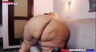 Sexy SSBBW adnuhT deR at it again - http://bit.ly/2KvYcie