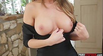 MILF blonde stepmom showed her wet pussy to her stepson