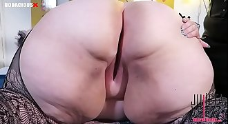 Mistress Delicious Puts My Kitty Butt Ass-plug Tail In